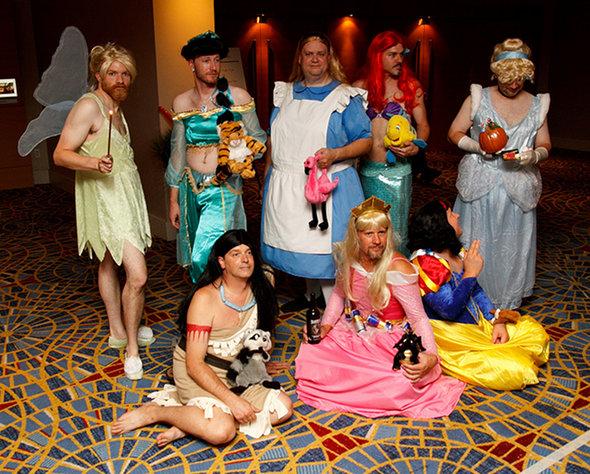O melhor cosplay da Disney que já vi na vida