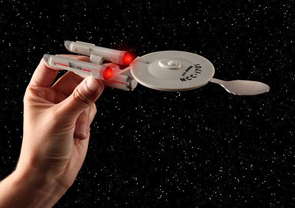Olha o aviãozinho, quer dizer, a Enterprise
