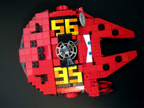 Lego Falcon Millennium McQueen