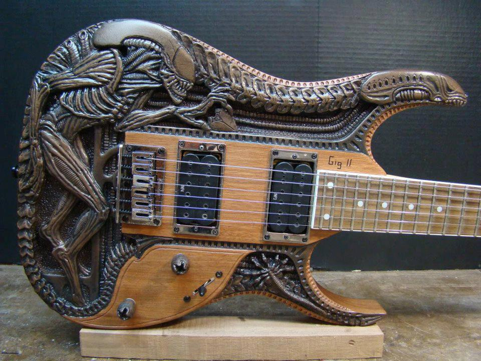Guitarra alien