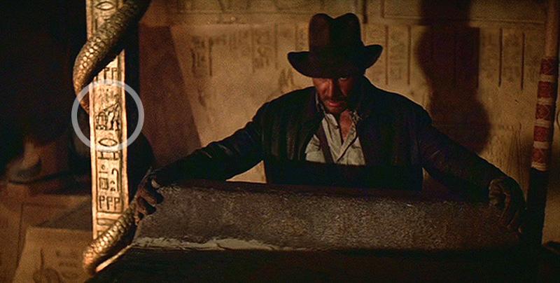 R2-D2 e C3-PO em Indiana Jones e os Caçadores da Arca Perdida