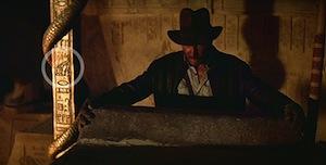 R2-D2 e C3-PO em Indiana Jones e os Caçadores da Arca Perdida small