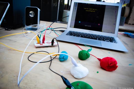 MaKey MaKey - O Kit de invenções do Século 21