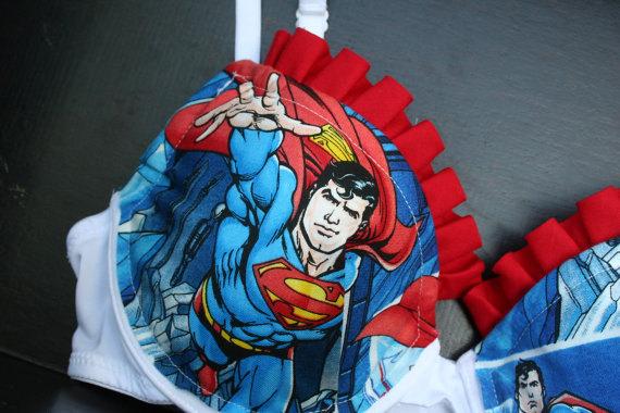 Dica infalível para agarrar um nerd sutiã superman calcinha