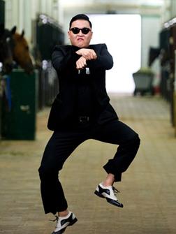 Intervalo de jogo e 110 dançando Gangnam Style 01