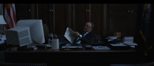 House of Cards - Monitor de Tubo