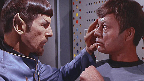 Spock fazendo o mind meld