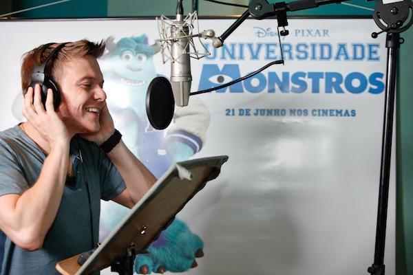 Michel Teló dubla um dos personagens do novo filme Universidade Monstros 02