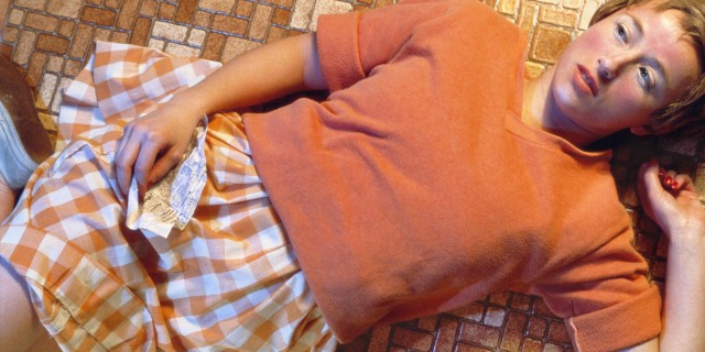 02 Sem Título #96, por Cindy Sherman (1981)