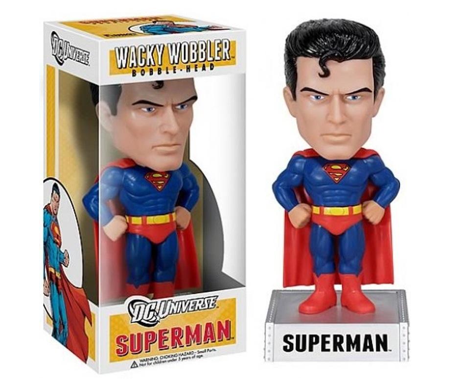 Funko_BobbleHeads_Superman_DC_Geekyard
