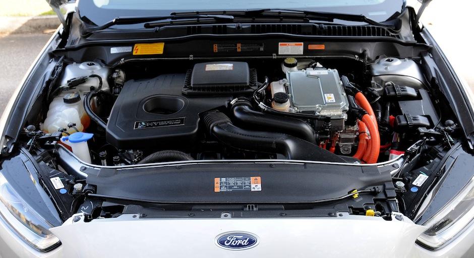 Fusion Hybrid 44