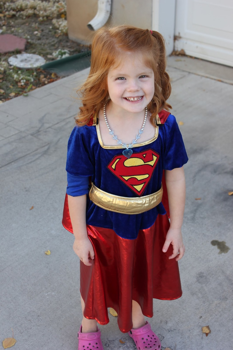 supergirl menina 2