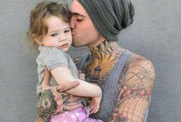pais tatuados