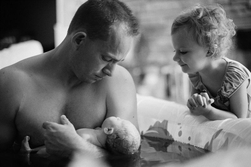 Padawans  vendo seus irmãos recém-nascidos pela primeira vez - 11