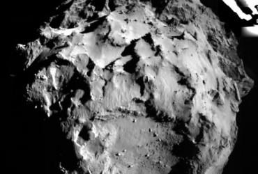 imagem do cometa tirada pela sonda rosetta