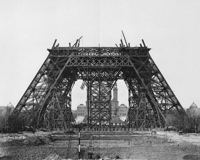 A construção da Torre Eiffel 10