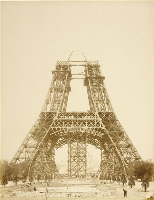 A construção da Torre Eiffel 12
