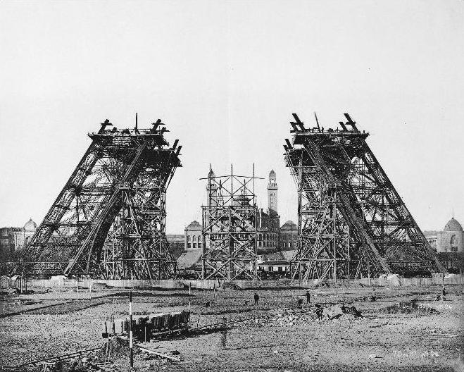 A construção da Torre Eiffel 09