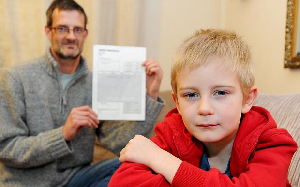 Padawan de 5 anos falta em festinha de amigo e família recebe conta de R$ 63