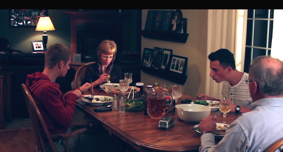 Passe o Sal - As refeições e o uso do smartphone