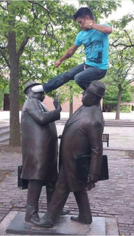 Como arruinar estátuas 01