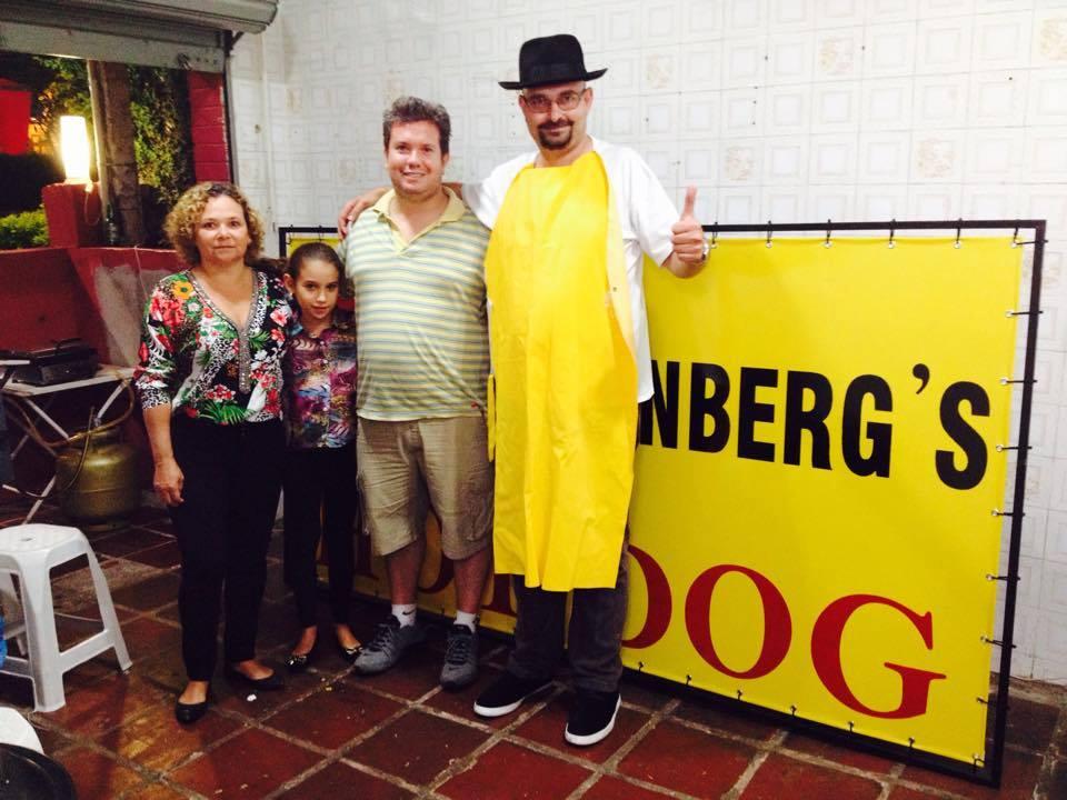 Breaking Dog - E o Walter White está vendendo cachorro quente em Campinas 03