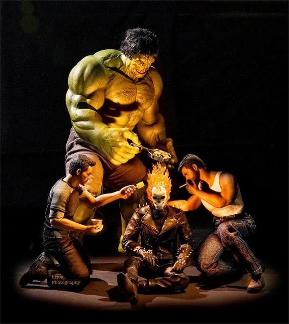 como os super-heróis se comportam quando não estão salvando o mundo 09