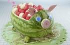 porquinho esculpido na melancia