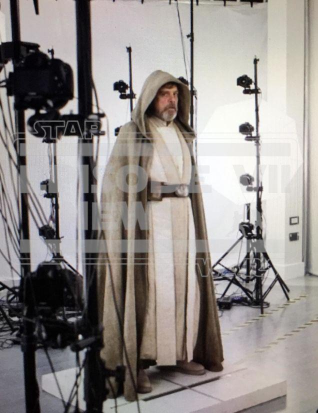 Visual do Luke em Star Wars Despertar da Força 02