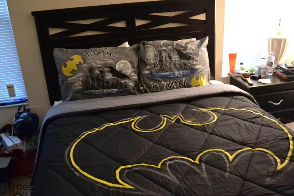 22 ideias para decorar sua casa com o tema do Batman 02