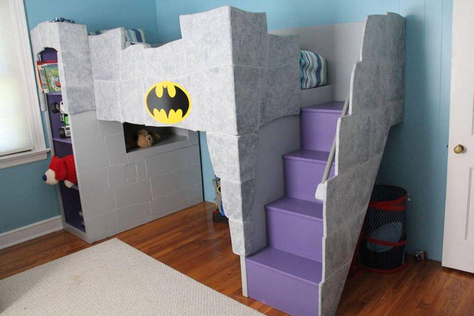 22 ideias para decorar sua casa com o tema do Batman 09