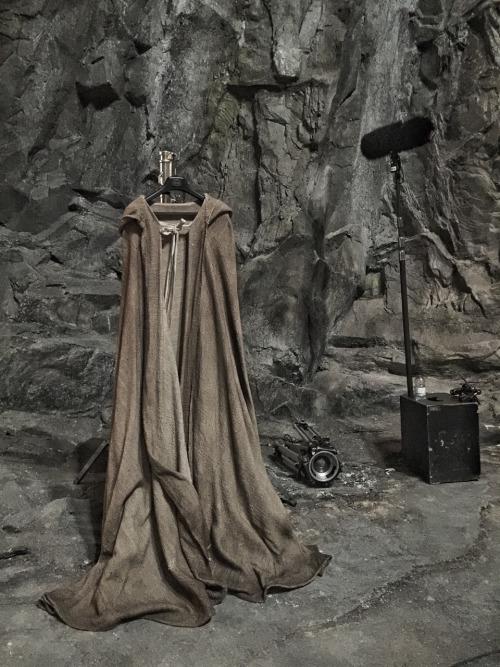 roupa do luke skylwaler no episódio 8
