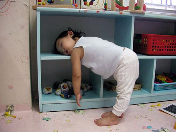 15 fotos provando que os Padawans dormem em qualquer lugar 13