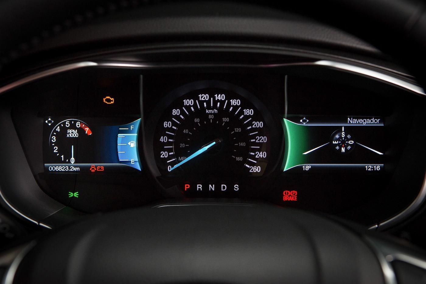 novo-fusion-2017-ford-6