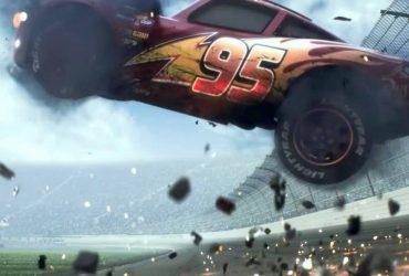 Relâmpago McQueen acidente carros 3