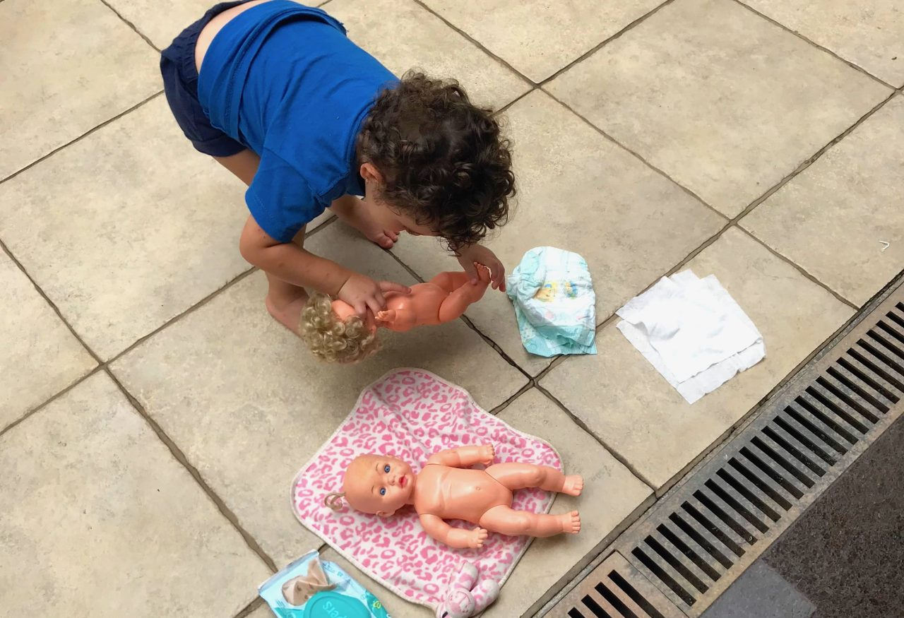 Desfralde: um dos momentos tensos da paternidade e maternidade – #VidaDePai 147